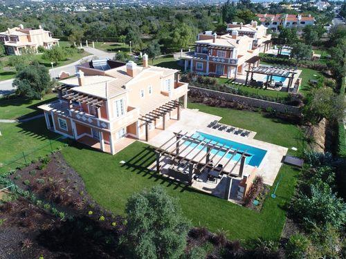 Villa Laocadia <Villa 4 - 4 bedrooms>
